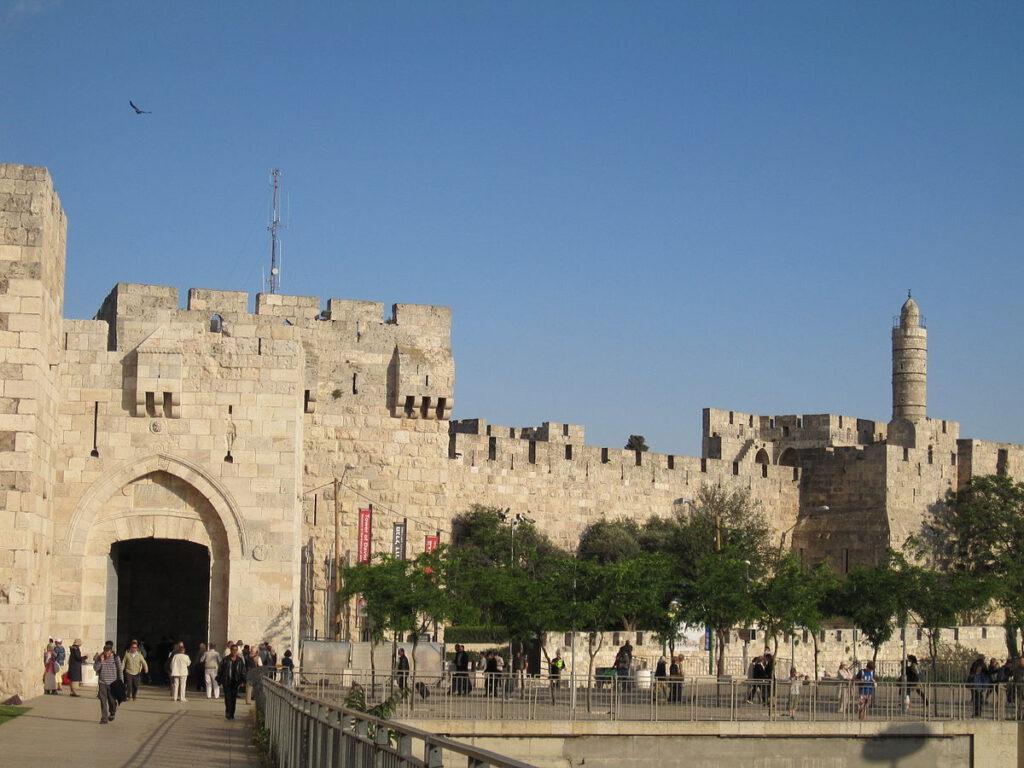 טיול בשער יפו בירושלים